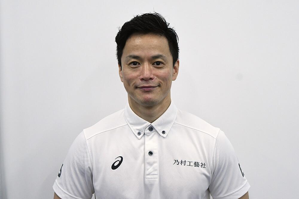 写真:笑顔のパワーリフティング西崎哲男選手