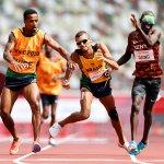 8月30日、陸上男子1500mT11予選でブラジルとケニアの選手が接触した瞬間!